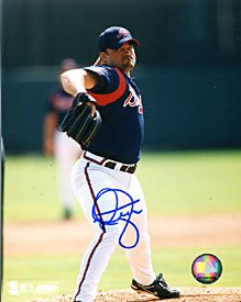 Mike Hampton Autographed / Signed Pitching 8x10 Photo