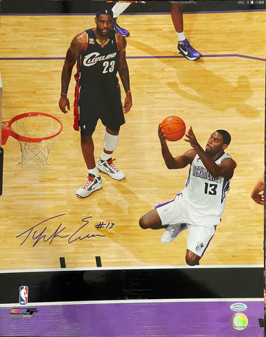 Tyreke Evans autographed 16x20 Basketball Photo