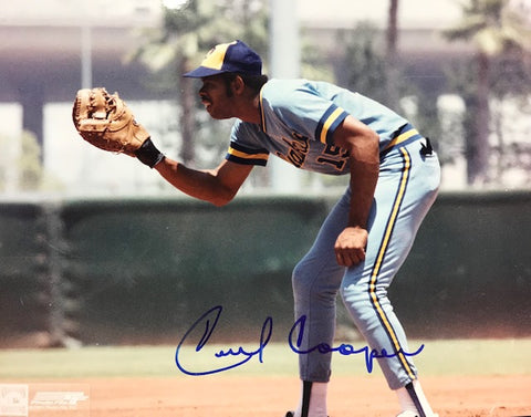 Cecil Cooper Autographed 8x10 Baseball Photo
