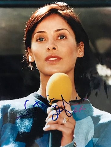 Natalie Imbruglia Autographed 8x10 Celebrity Photo