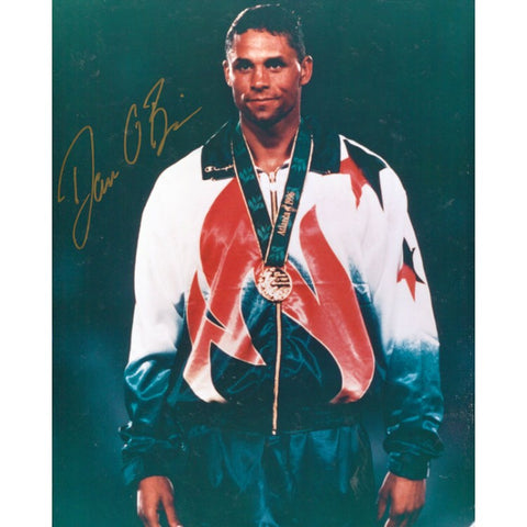 Dan O'Brien Autographed / Signed 8x10 Photo