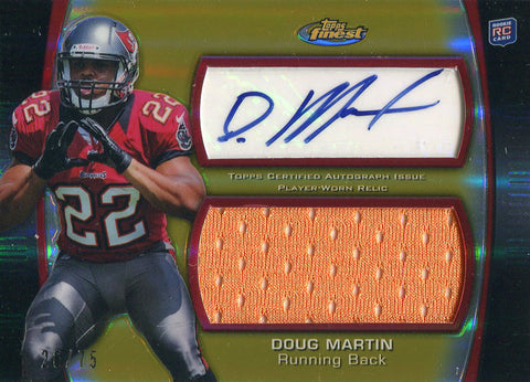 Doug Martin Autographed 2012 Topps Chrome Rookie Jersey Card