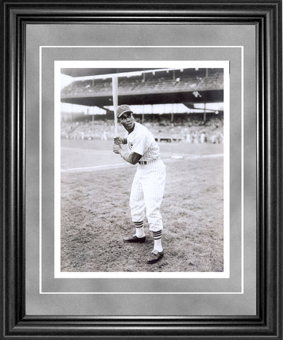 Ernie Banks Framed 8x10 Photo