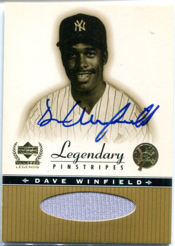 Dave Winfield Autographed Upper Deck Card