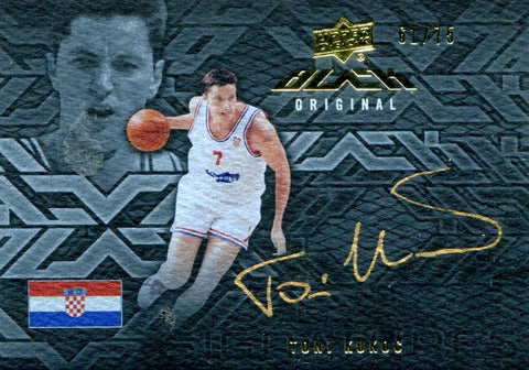 Tony Kukoc Autographed Upper Deck Card #61/75