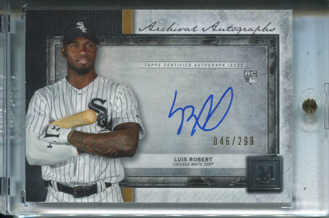 Luis Robert Autographed 2020 Topps Museum Collection Rookie Card 46/299