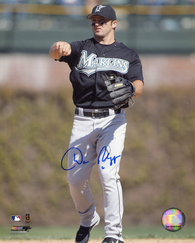 Dan Uggla Autographed 8x10 Photo
