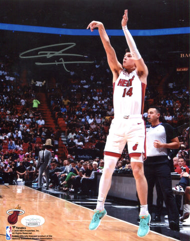 Tyler Herro Autographed Shooting 8x10 Photo (JSA)