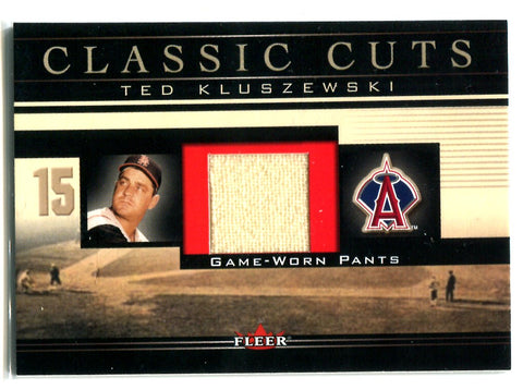 Ted Kluszewski 2002 Fleer Classic Cuts #TK-P Game Worn Pants Card