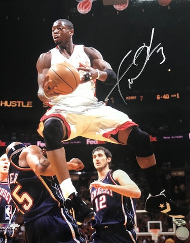 Dwyane Wade Autographed / Signed Over Vince Carter 16x20 Photo