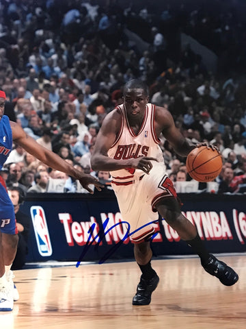 Luol Deng Signed Basketball 8x10 Photo