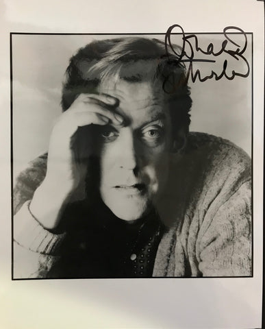 Donald Sutherland Autographed 8x10 Photo