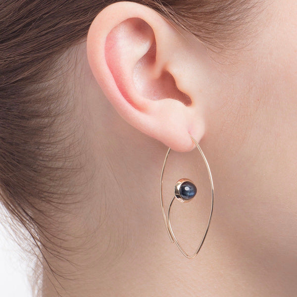Black Sapphire Floating Oval Earring M