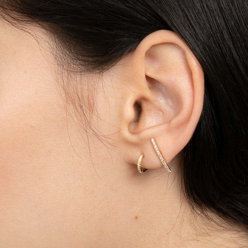 Gossamer Diamond Short Bar Earring