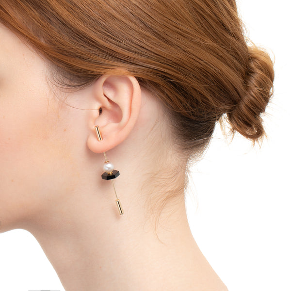 Spear Onyx Earring