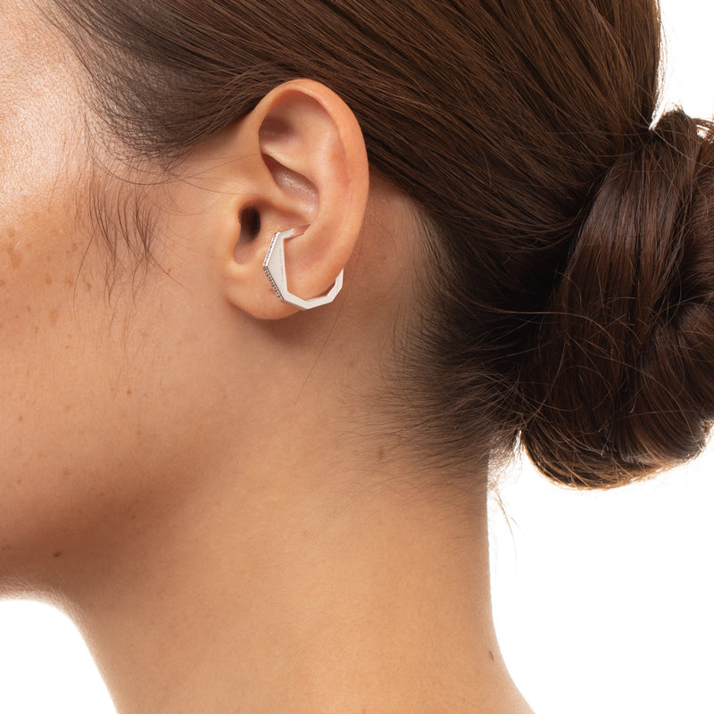 Manhattan Diamond Ear Cuff