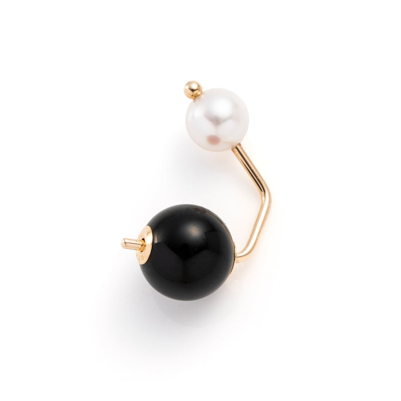 Bumble Bee Pearl Earring with Onyx Backing