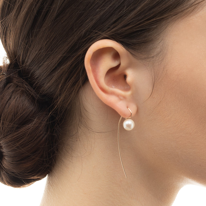 Hook Arrow Pearl Earring