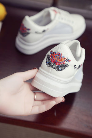 Fashion Lace Up Sneakers
