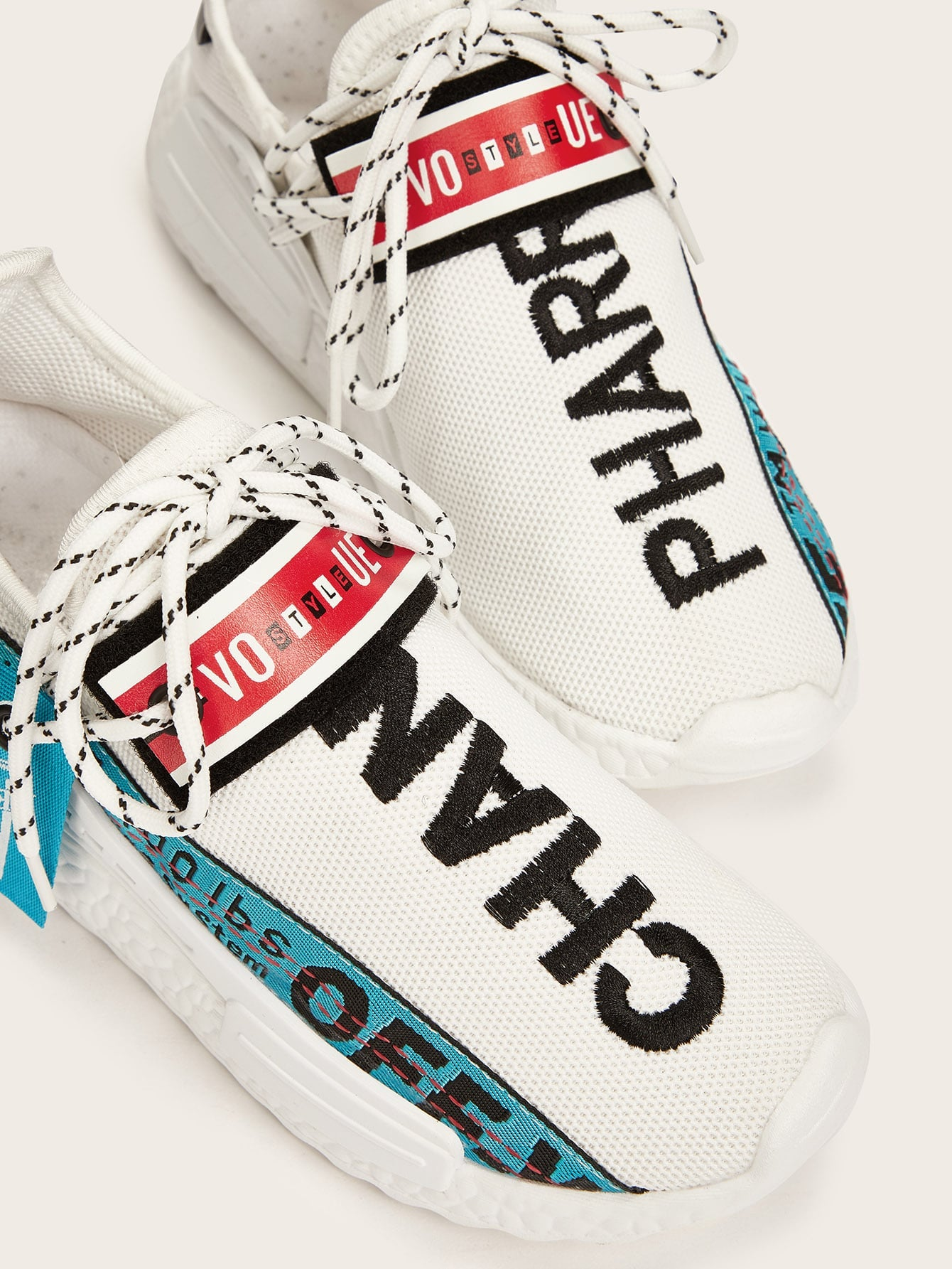 Slogan Ribbon Decor Lace-up Sneakers