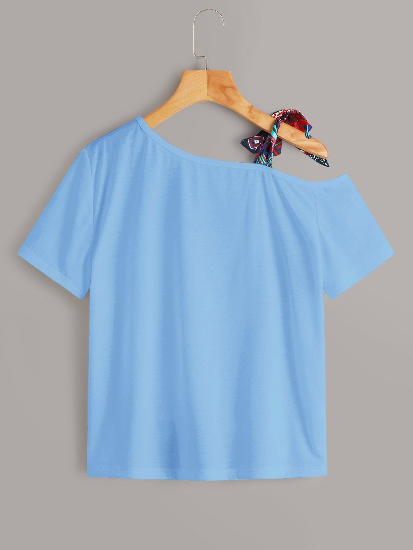 Figure Print Cut Out Knot Neck Tee
