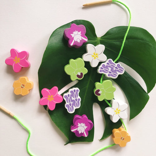 Flower lei pua Hawaii toy wooden bead set