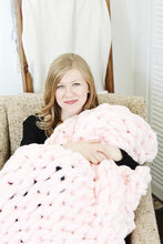 Load image into Gallery viewer, Chunky Knit Blanket in Pink