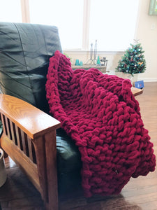 Chunky Knit Blanket in Cherry Red