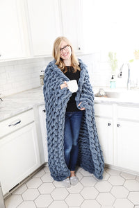 Chunky Knit Blanket in Slate