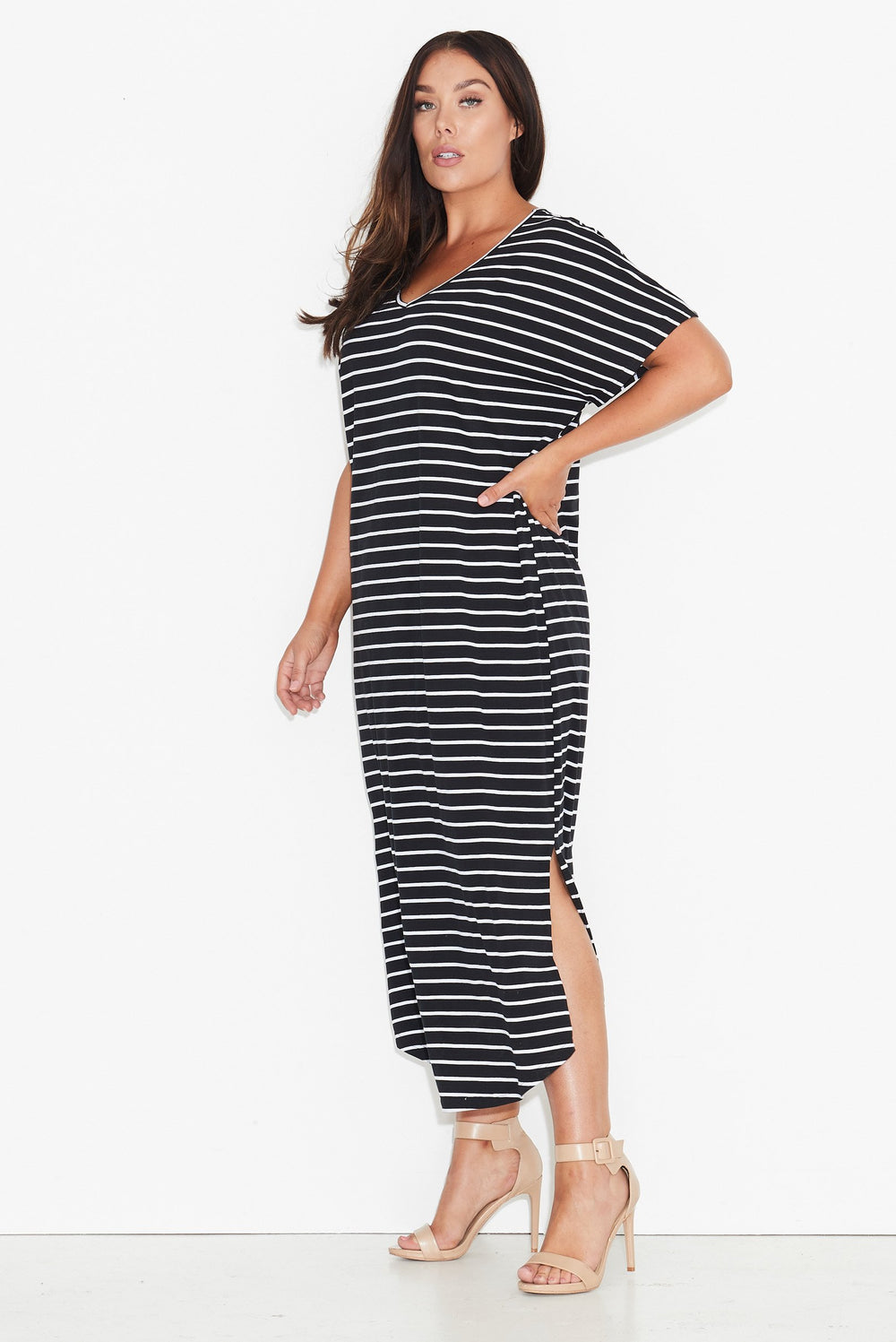New // 17 SUNDAYS 'Basic Maxi-Dress - Black-Based Stripe' // Sizes 18-20 & 26