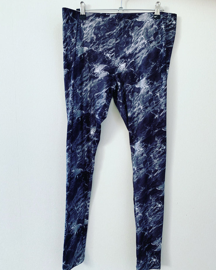 Preloved // SPIRIT Tie-Dye Print Leggings // Size 14
