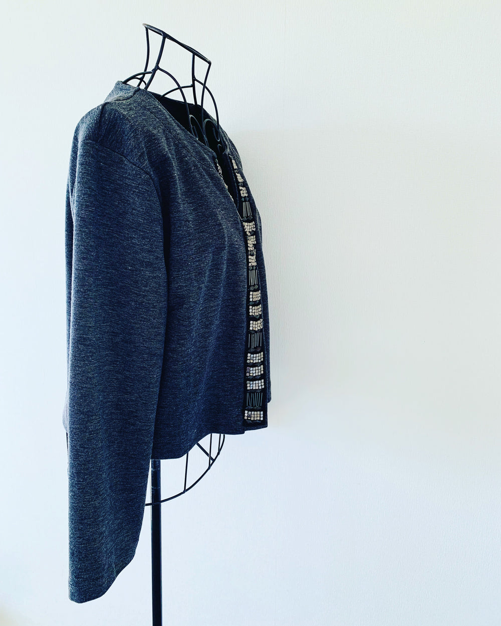 Preloved // R/H Cropped Grey Jacket With Bead & Stud Detailing // Size 14 (Will Suit Sizes 14-18)