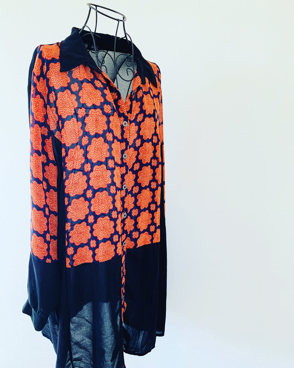 Preloved // METRIC Orange & Black Patterned Shirt // Size 20