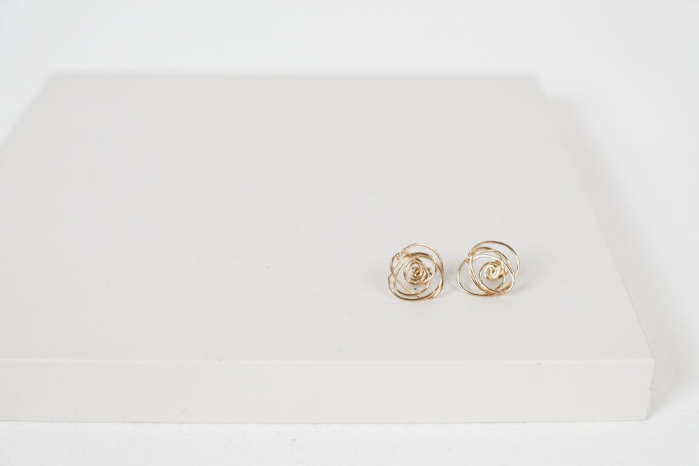 Scribble Stud Earrings Gold