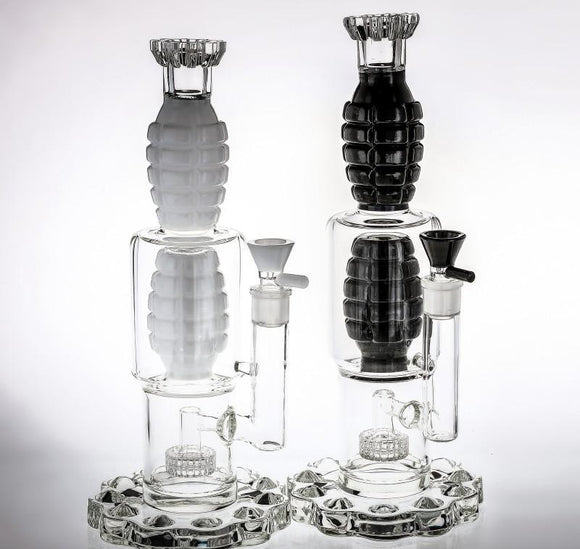 Special Black and White Glass Bongs Two Grenade Shaped and Birdcage Percolators Oil Rigs Water Pipes 38cm Tall Thickest Glass