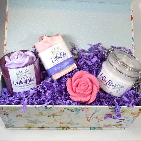 Valentine Gift Box 4 Items