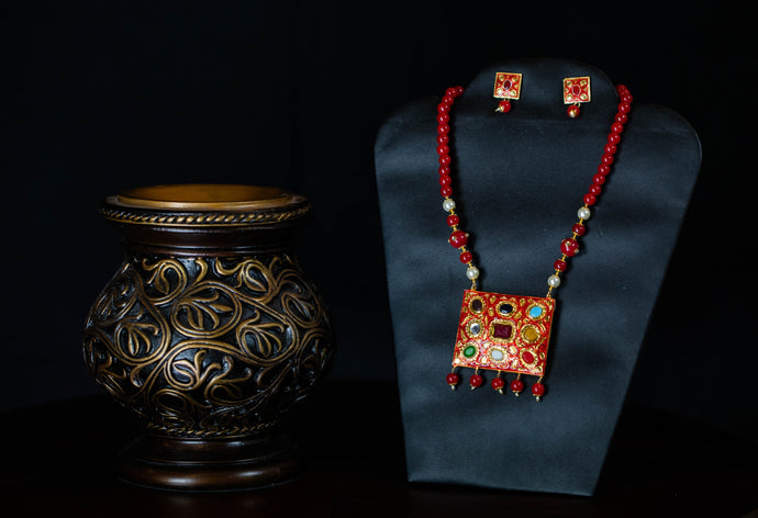Red Navratan Necklace Set