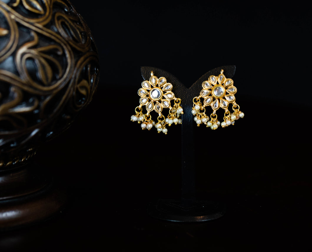 Small Kundan Flower Earrings