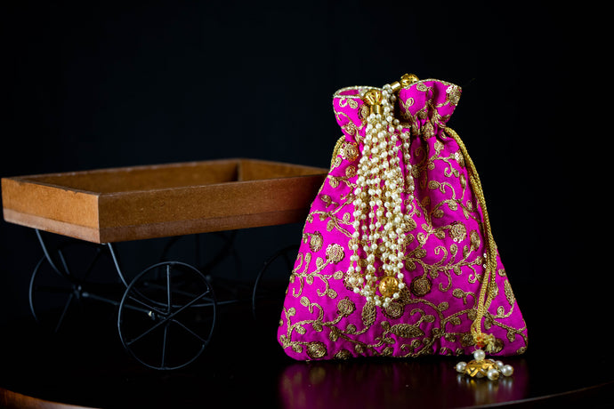 Pearl Strings Handle Embroidery Potli