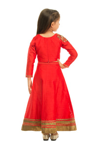 Girls Red Lehenga With Motif Placement On Shoulder