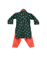 Load image into Gallery viewer, Boys Green Printed Kurta With Salwar