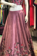 Load image into Gallery viewer, Mauve Silk Crop Top Skirt