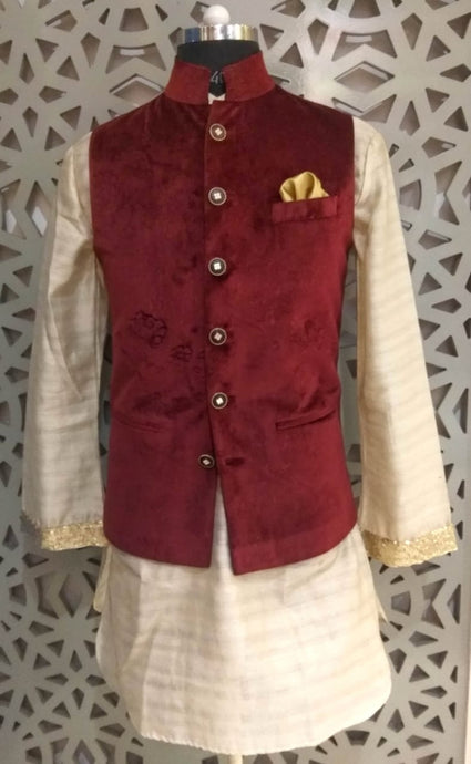 Mens Kurta And Cotton Silk Self Velvet Nehru Jacket