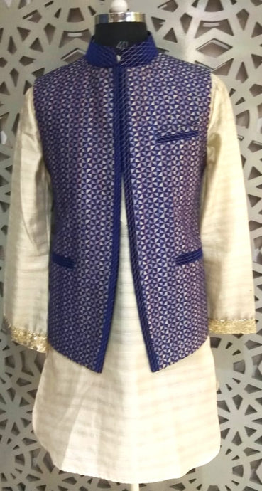 Mens Kurta And Self Jacquard Silk Nehru Jacket