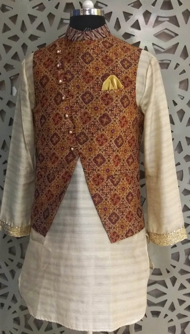 Mens Kurta And Pure Silk Printed Nehru Jacket