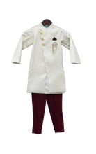 Load image into Gallery viewer, Boys Offwhite Ajkan With Maroon Pant