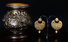 Load image into Gallery viewer, Polki Chandbali Earrings