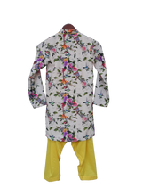 Load image into Gallery viewer, Boys Printed Kurta With Salwar