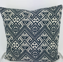 Load image into Gallery viewer, Nomade Pillow Charcoal