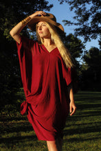Load image into Gallery viewer, Tulum Kaftan Tunic Merlot